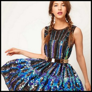 Asos-moda-navideña-2012-1-300x300