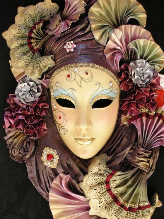 he-aqui-un-ejemplo-de-este-tipo-de-artesania-ya-me-gustaria-estar-para-el-carnaval-veneciano