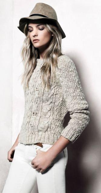 mango-lookbook-noviembre-2012-pantalon-blanco-con-jersey-de-punto