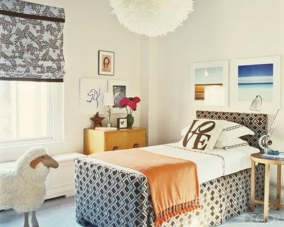 dormitorio individual cama revestida de tela david hicks