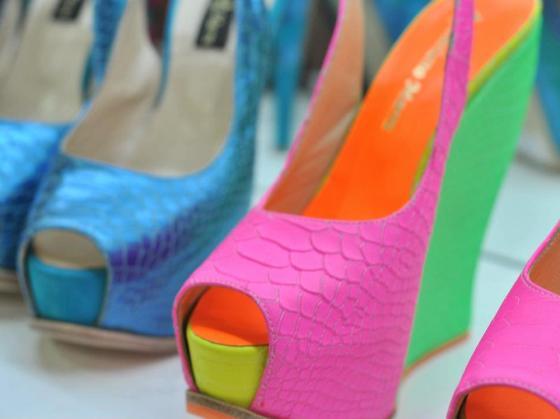 zapatos-azul-taco-alto-luciano-marra-primavera-verano-5[1]