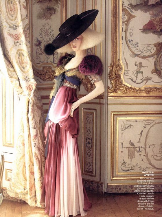 raquel-zimmermann-couture-vogue-october-2007